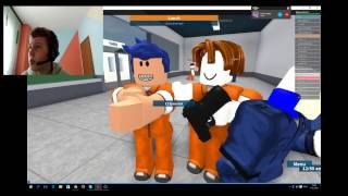 I'm running out of jail and Edo is helping me!!! Roblox Prison Life wEdo