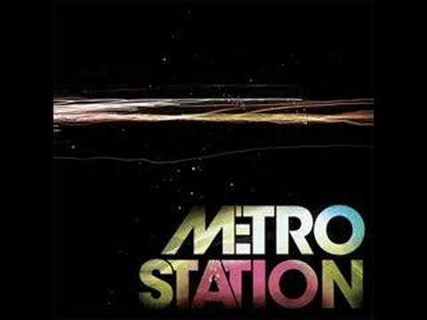 Metro Station - Control(Lyrics)