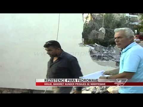 Krujë, banorët kundër prishjes se ndërtesave - News, Lajme - Vizion Plus