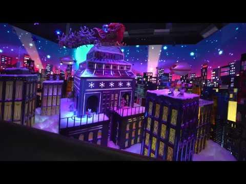 Macy's MASSIVE Christmas Display in NYC