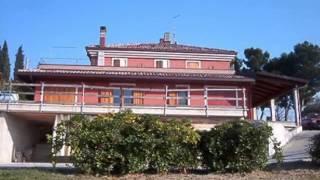 Coriano: Casale / Rustico / Casa Colonica/ Cascina Oltre 5 locali in Vendita