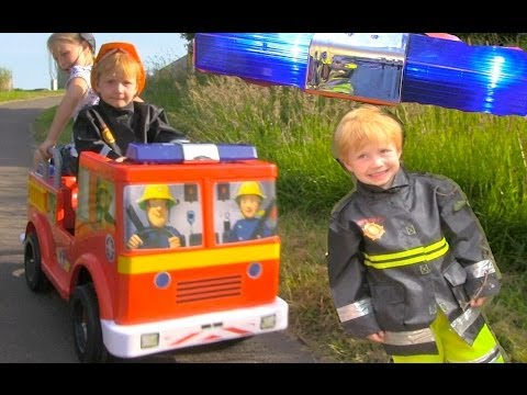 FireMan Sam Jupiter Ride On Fire Engine Toy - With Emergency Lights and Sirens