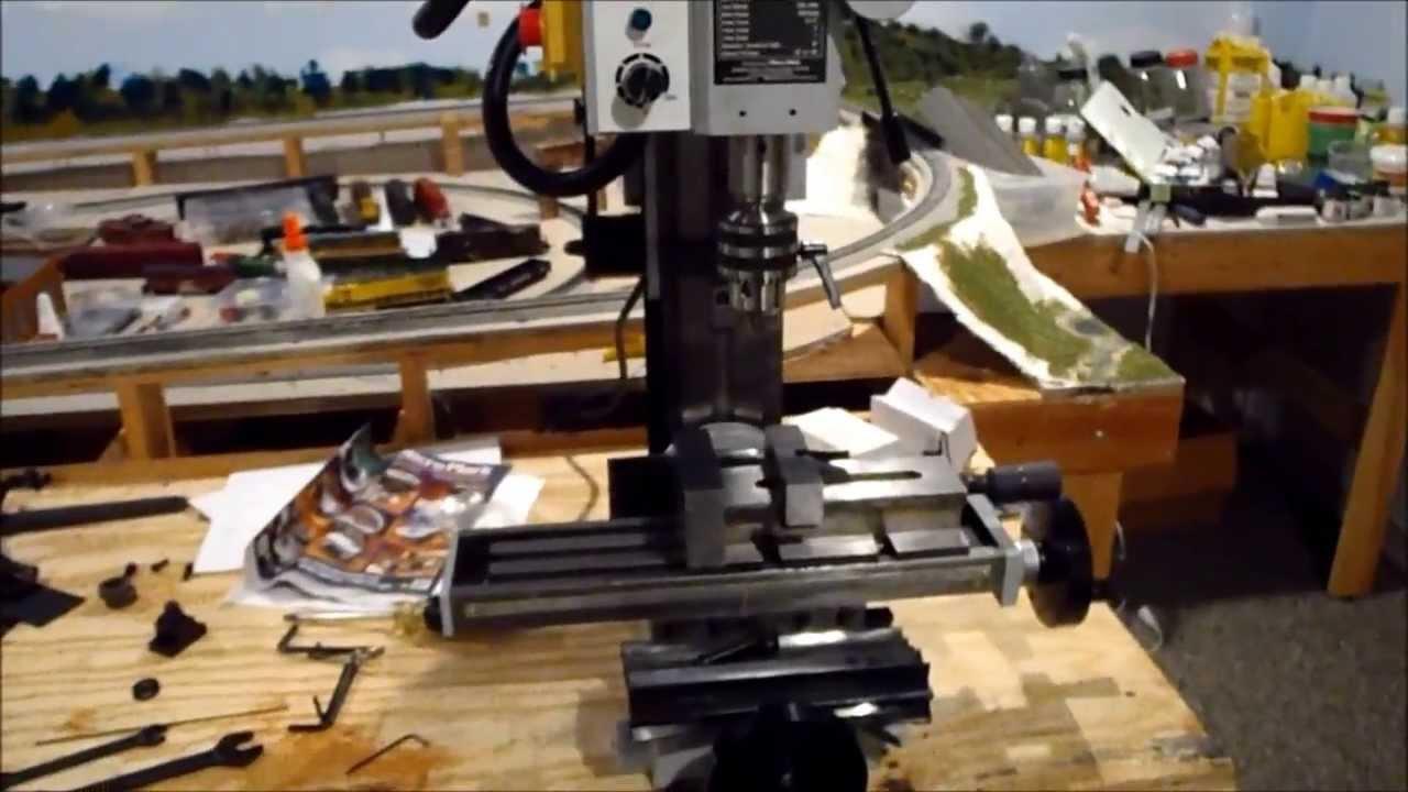 r8 milling machine