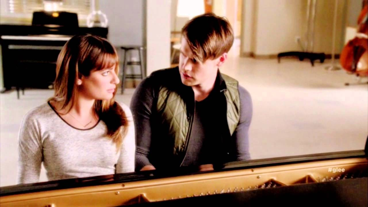 will sam and rachel dating on glee