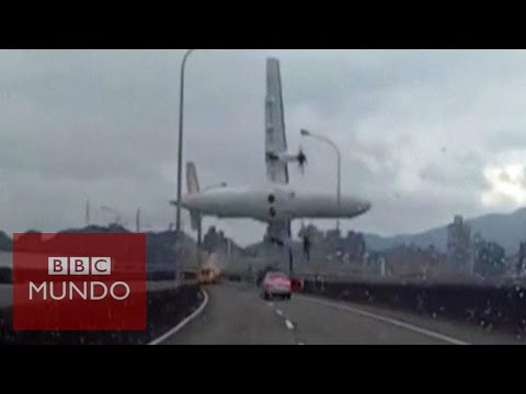 Avión de TransAsia se estrella en Taiwán