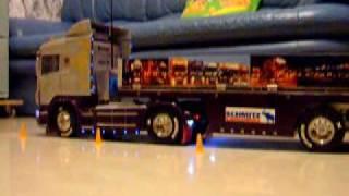 Tamiya Scania R470 parking 2