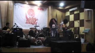 Orkes Perjaka Madu - Bukan Pengemis Cinta (cover). Live at Chics Music Rawamangun 2014
