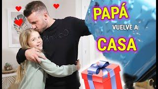 MI PADRE VUELVE A CASA P0R NAVIDAD! REENCUENTRO EMOTIVO REACCIÓN DE DANIELA LLORA
