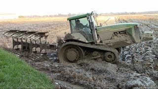 EXTREME CONDITIONS - JD 8210T SOUND - RICE PLOUGHING in Italy 2014