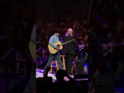 George Strait in Las Vegas--Folsom Prison Blues--September 1, 2017