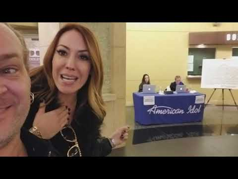 Dan Todd and Natalie Belmont stumble across the Hollywood location for American Idol Auditions.