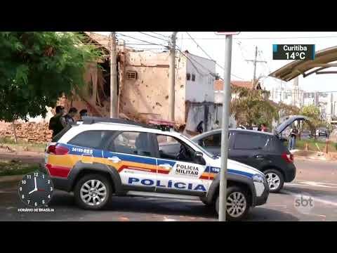Quadrilha explode empresa de valores em Minas Gerais   SBT Brasil (06/11/17)