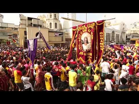 100,000 devotees join procession of Nazareno replicas