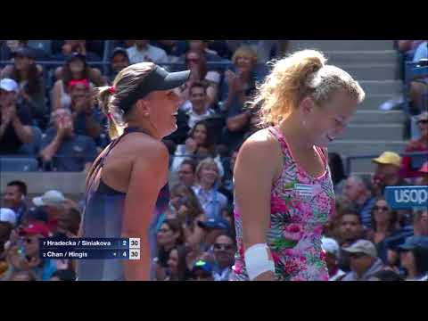 WATCH: Highlights Hingis / Chan def. Hradecka / Siniakova