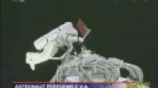 China Shenzhou 7 Space Walk Live!! Full Success!