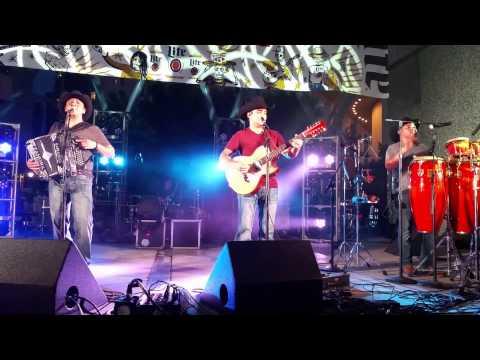 Mis Favoritas de Grupo COSTUMBRE @acordeonisticosиз YouTube · Длительность: 6 мин29 с