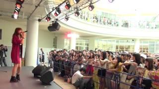 2014年8月31日(日)大阪・あべのキューズモール 3F スカイコートで行わ...