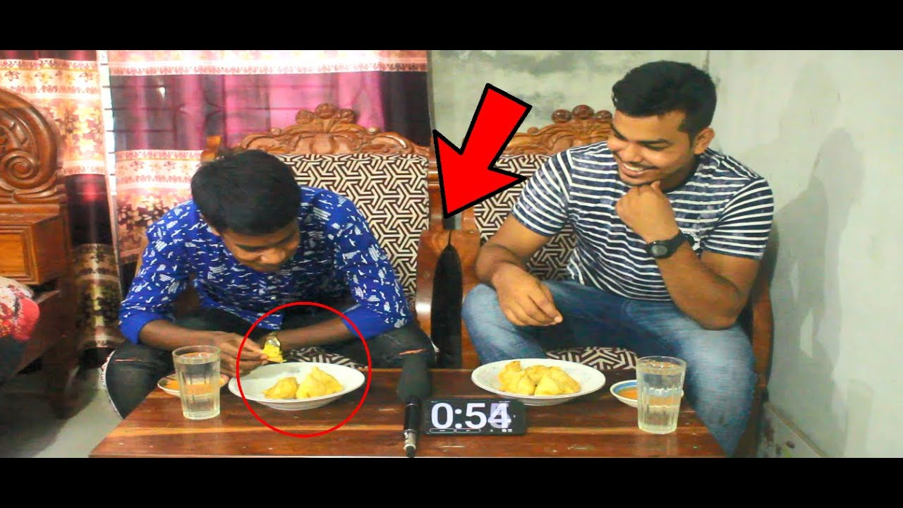 ১ মিনিটে 20 টি সিঙ্গারা খাওয়া বাজি   Singara Eating Competition   Eating Challeng    Food Challenge