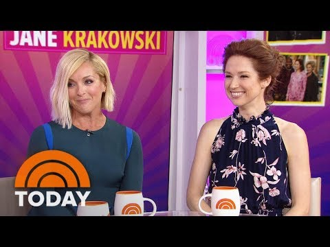 Ellie Kemper And Jane Krakowski On 'Kimmy Schmidt,' Attending Emmys  TODAY