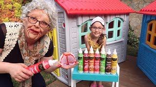 Komik Büyükanne!! Öykü & Grandpa 3 Color of Ice cream - Fun kid video - Oyuncak avı