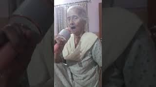 """Aj kal di kudiyan fashion dar"" song by dadima"