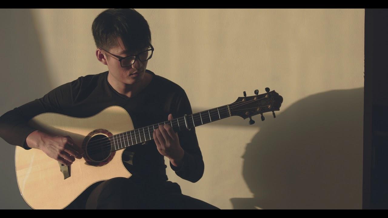 Keystone guitar