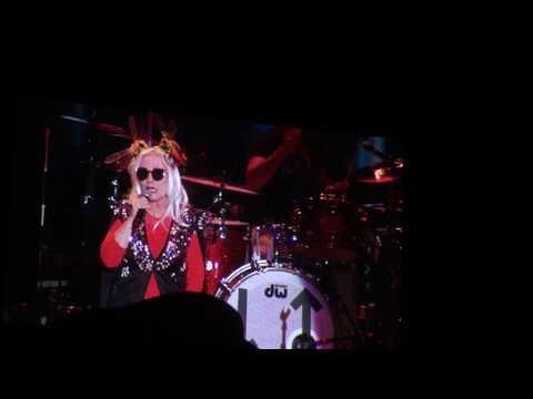 Fun !  Blondie in Denver