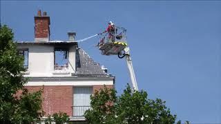 Pompiers de Paris incendie appart Porte de Saint Cloud Paris Fire Dept on scene apartment Fire