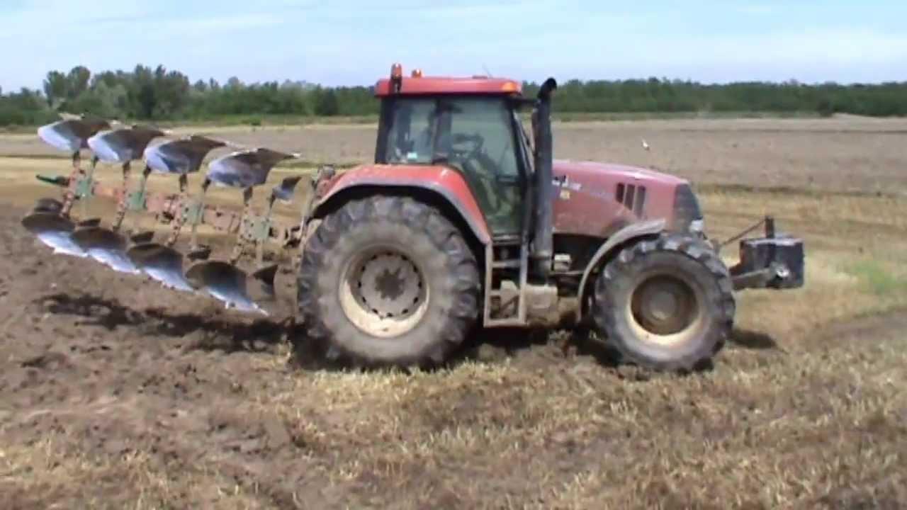 case ih cvx 1135 at work ploughing youtube rh youtube com New Holland International Harvester Company