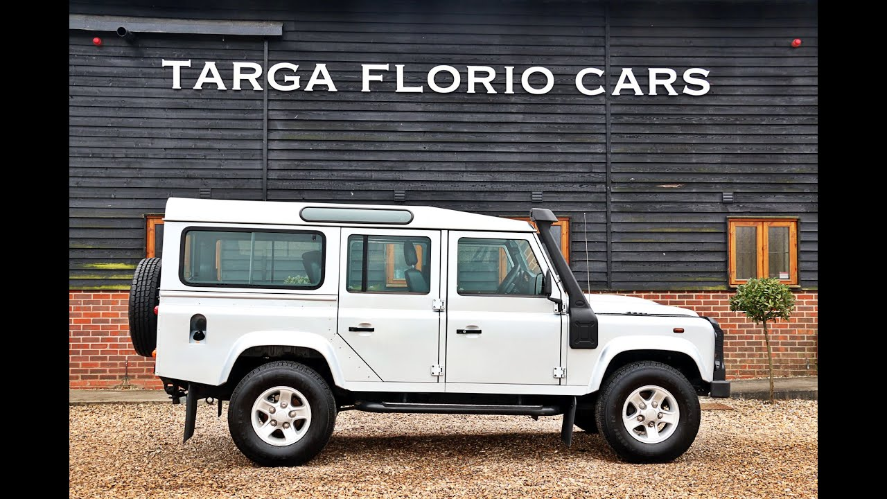 Land Rover Defender 110 Station Wagon 2.4TDi County - YouTube