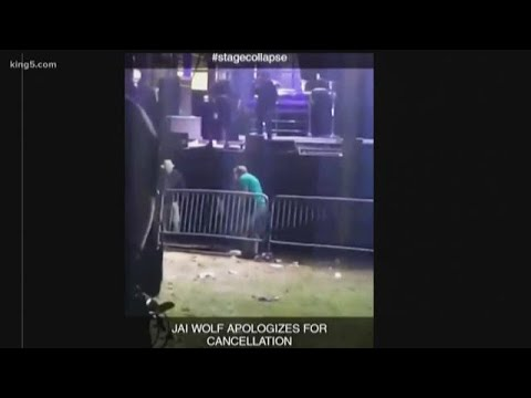 4 people hospitalized after barricade collapsed at Seattle's Bumbershoot music festival