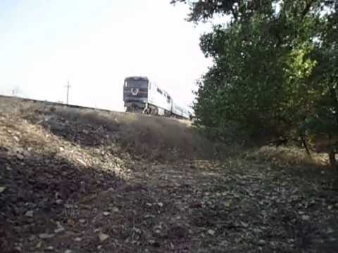 ТЭП70 - 0110 С пригородным поездом Запорожье - Энергодар