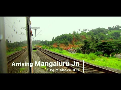 Most Beautiful Port City MANGALURU (Mangalore) | Arriving MAJN onboard YPR - Karwar Express (LHB)