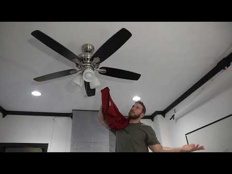 How to clean your ceiling fan fast & easy!