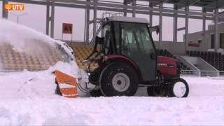 Уборка снега на