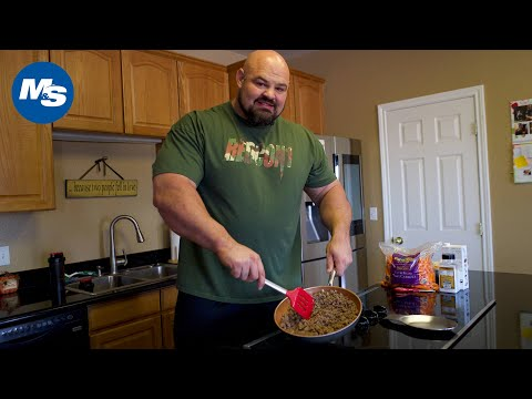 what-brian-shaw-eats-for-lunch-|-4x-world's-strongest-man's-big-lunch