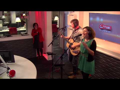 Maureen - Dark Horse / Drunk In Love (live bij Q)