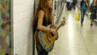 "London busking with Japanese ""natsu mero"""