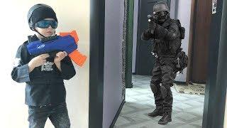 NERF Game  SWAT GUN GAME with NERF ELITE RUKKUS ICS   8  Богдан против SWAT