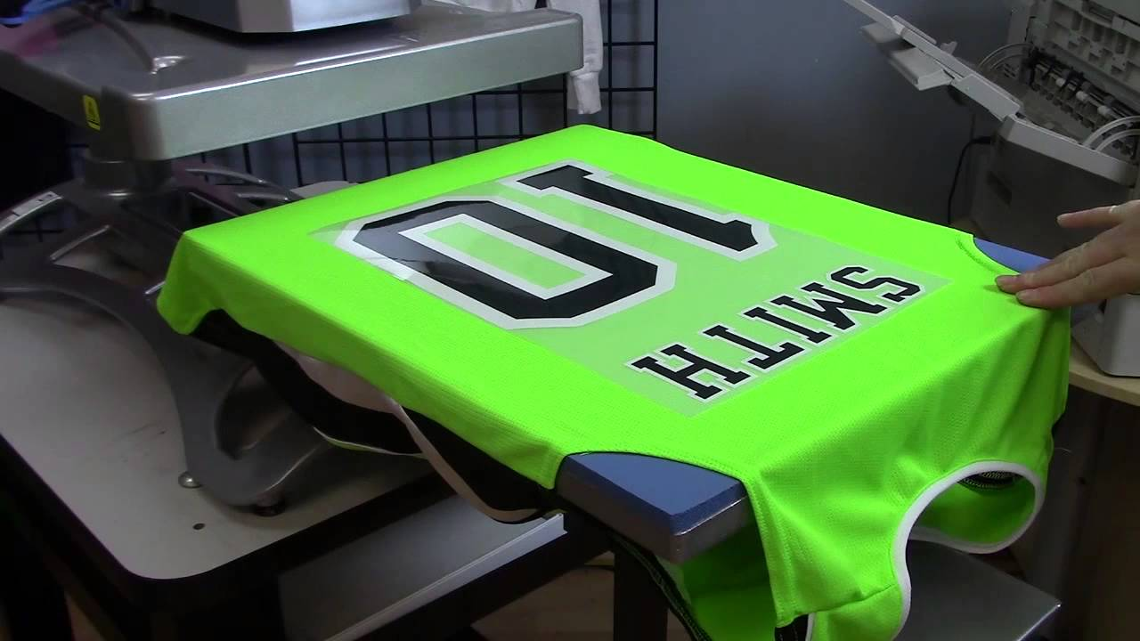 How make a custom sports jersey with the oki pro920wt a for Ez custom t shirts