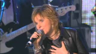 Melissa Etheridge Performs Dusty Springfield