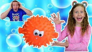 Не взорвись! Игра рыба еж! Видео для детей от Ulyana's Empire