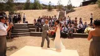 Newly weds with BIG KISS and surprise dance off