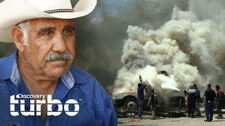 ¡El taller está en llamas! | Texas Trocas | Discovery Turbo