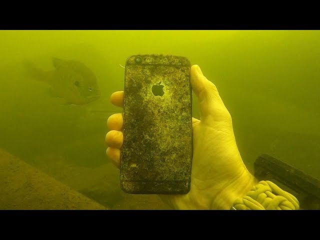 i-found-an-iphone-ipod-and-a-selfie-stick-underwater-in-the-river-scuba-diving