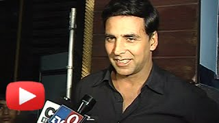 Akshay Kumar Reacts To Twinkle Khanna-Naseeruddin Shah Twitter Fight