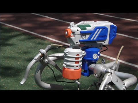 Fuze Cyclone Water Blaster From Skyrocket Toys Youtube