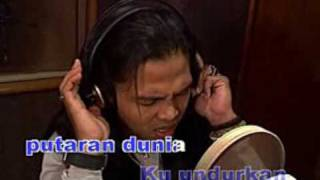 ANDAI DAPAT KUUNDURKAN MASA  -AXL'S- MP3