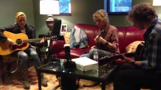 """Sheryl Crow - """"Homecoming Queen"""" (rehearsal @ Franklin Theatre - 20 Apr 2013)"""