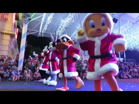 The new White Christmas parade at Movieworld